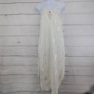 VNTG 90's California Dynasty Night Gown